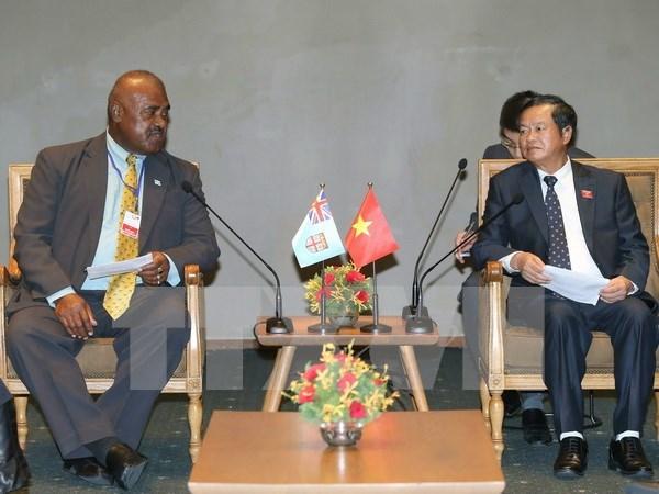Legisladores vietnamitas y fijianos instan a impulsar lazos bilaterales hinh anh 1