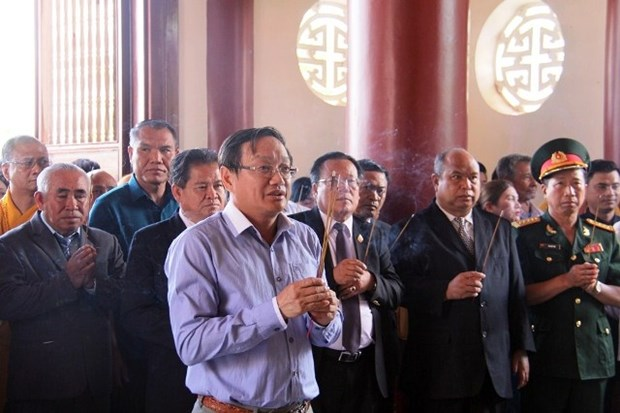 Vietnamitas en Laos rinden homenaje al Presidente Ho Chi Minh hinh anh 1