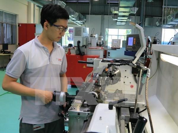 Arranca construccion de primera fabrica de componentes electronicos en Phu Yen hinh anh 1