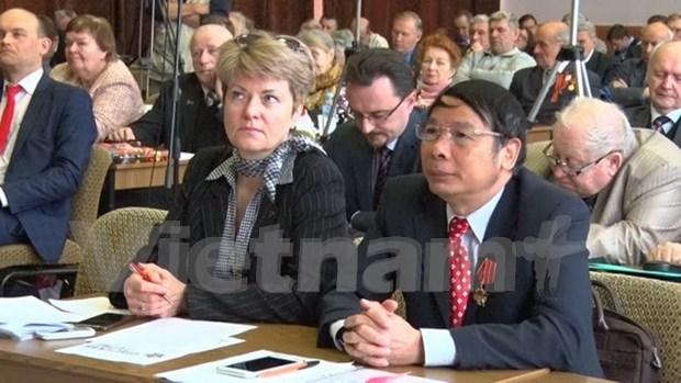 Vietnam comparte experiencias de construccion del socialismo en seminario en Rusia hinh anh 1