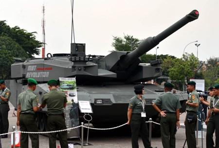 Vietnam asiste a Feria internacional de Defensa Maritima en Singapur hinh anh 1