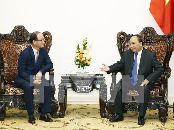 Premier destaca contribucion de Samsung a la economia de Vietnam hinh anh 1
