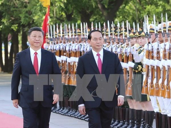 Presidente vietnamita concluye visita a China hinh anh 1