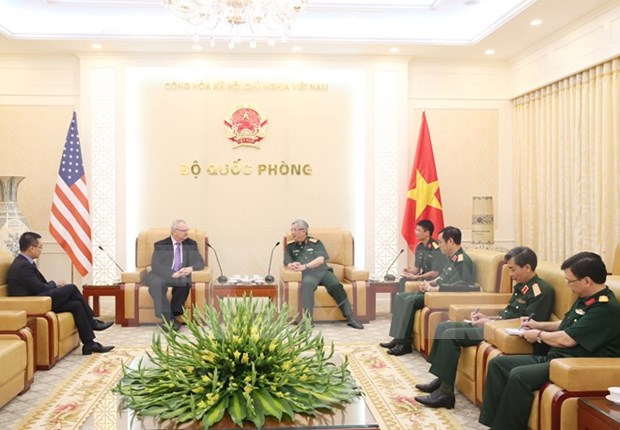 Vietnam y Estados Unidos abogan por promover nexos comerciales hinh anh 1