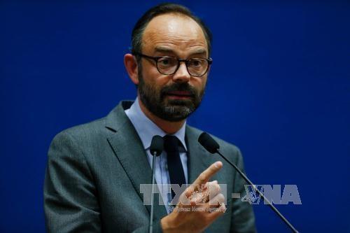 Vietnam felicita al nuevo primer ministro de Francia hinh anh 1