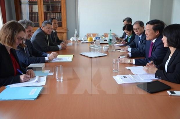 Robustecen cooperacion judicial Vietnam-Francia hinh anh 1