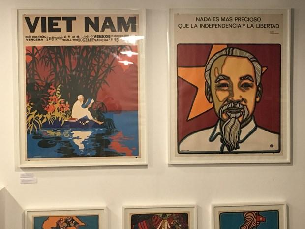 Exposicion de obras graficas resalta amistad Vietnam-Cuba hinh anh 3