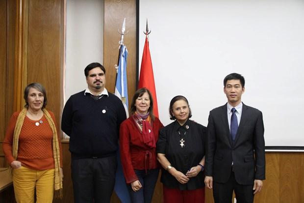 Efectuan actividades culturales en Argentina por natalicio del Presidente Ho Chi Minh hinh anh 2