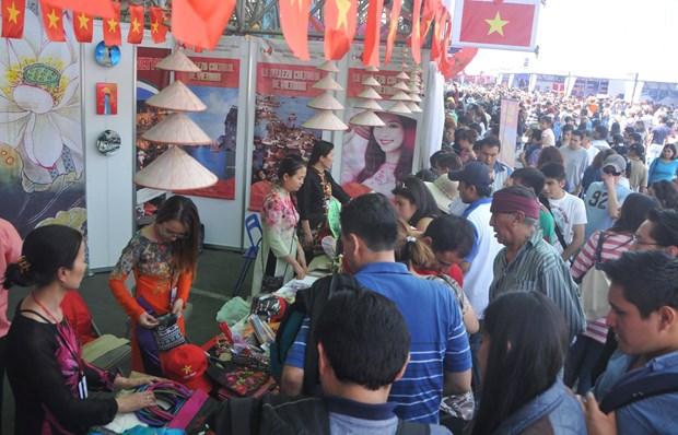Vietnam participa en la Feria de Culturas Amigas en Mexico hinh anh 3