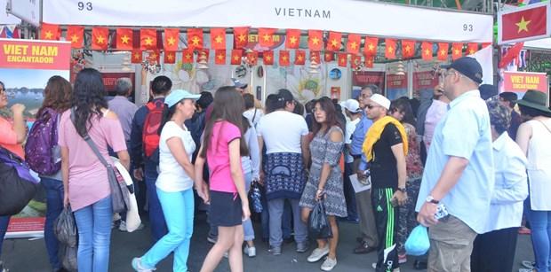 Vietnam participa en la Feria de Culturas Amigas en Mexico hinh anh 4