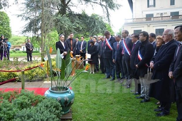 Celebran en Francia diversas actividades por natalicio del Presidente Ho Chi Minh hinh anh 1