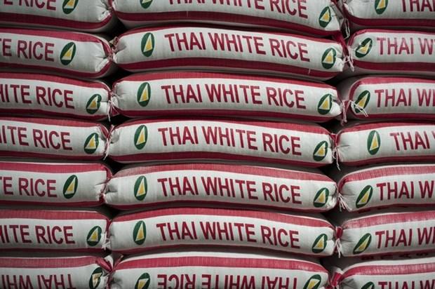 Tailandia continua con la venta de su reserva de arroz hinh anh 1