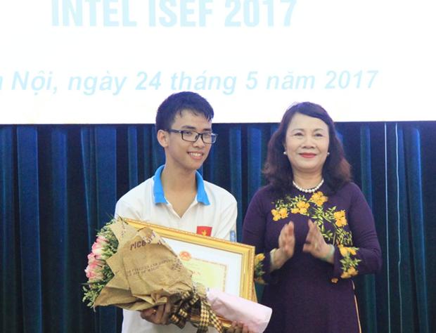 Vietnam gana la tercera posicion en Concurso cientifico-tecnico Intel Isef 2017 hinh anh 1