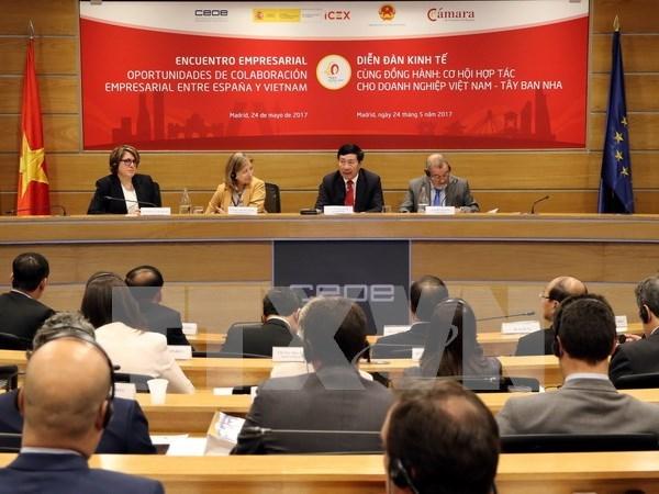Efectuan Foro Economico Vietnam-Espana hinh anh 1