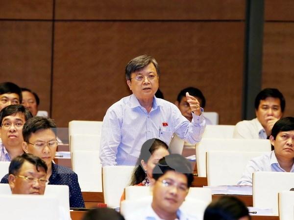 Parlamento vietnamita continua debates sobre proyectos legales hinh anh 1