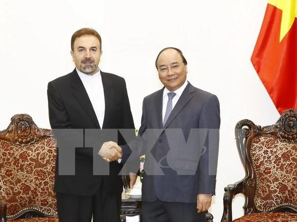 Premier de Vietnam aboga por mayor cooperacion con Iran hinh anh 1