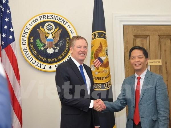 Vietnam y EE.UU. buscan eliminar barreras comerciales hinh anh 1