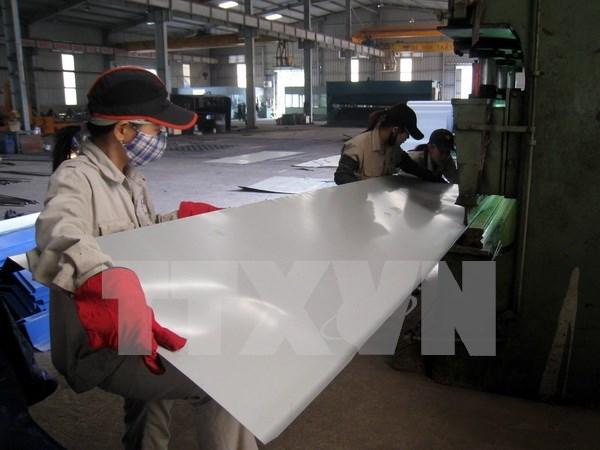 Vietnam aplicara medida de autodefensa a importaciones de chapas de colores hinh anh 1