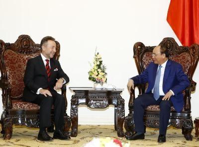 Premier vietnamita da bienvenida a proxima visita de presidente checo hinh anh 1