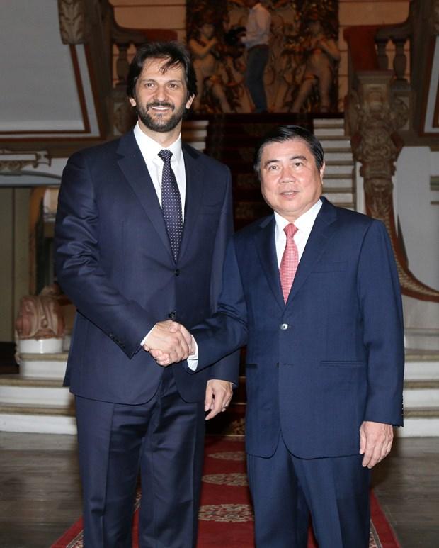 Eslovaquia expresa voluntad de cooperar con Vietnam en sectores potenciales hinh anh 1
