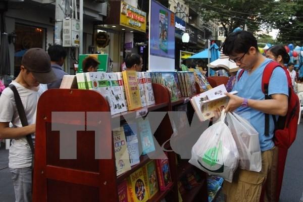 Amplias actividades en Vietnam por el Mes de Accion a favor de la infancia hinh anh 1