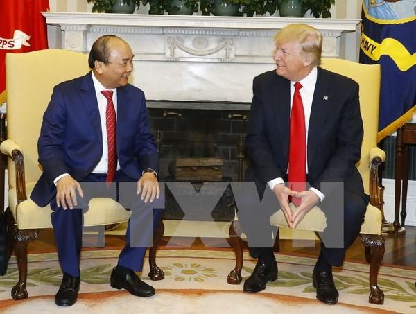 Premier vietnamita culmino su visita a EE.UU. y regresa a Hanoi hinh anh 1