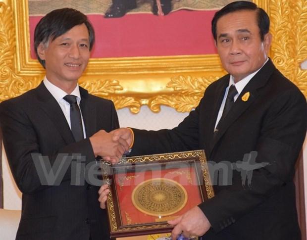 Premier de Tailandia destaca relacion con Vietnam hinh anh 1