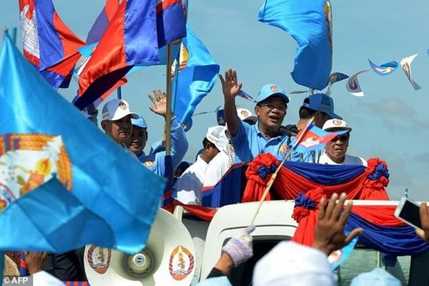 Camboya: Premier participa en campana electoral de comicios municipales hinh anh 1