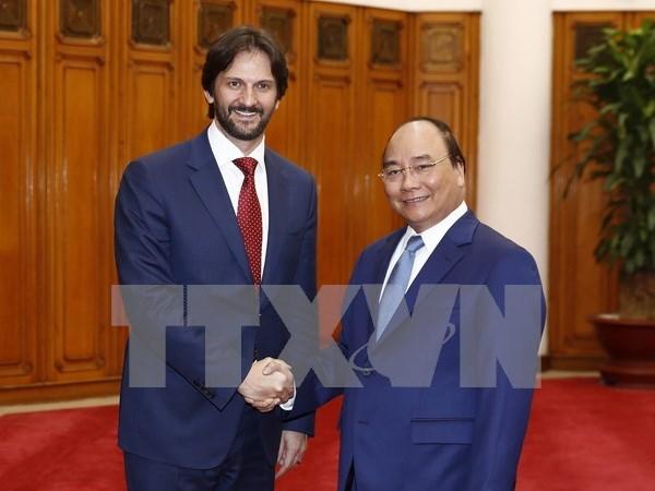 Vietnam y Eslovaquia se empenan en elevar valor del intercambio comercial hinh anh 1