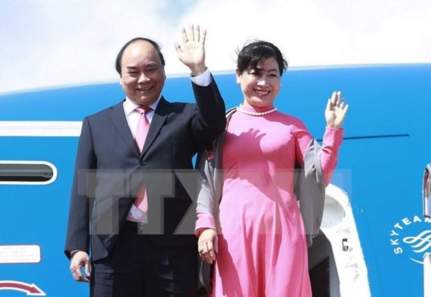 Premier Xuan Phuc inicia visita oficial a Japon hinh anh 1