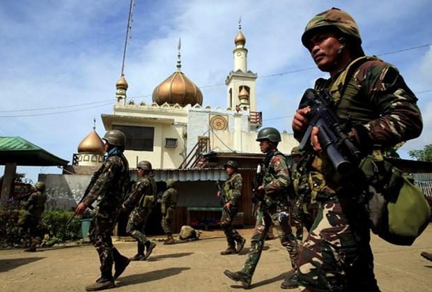 Presidente de Filipinas reafirma negativa a negociar con grupos armados en Marawi hinh anh 1