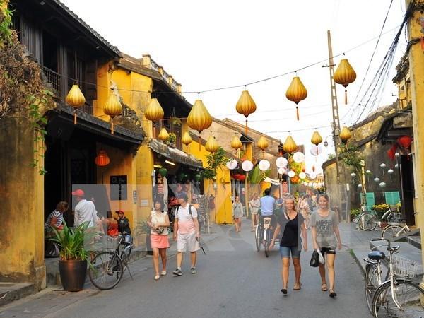 Hoi An entre ciudades costeras mas bellas y economicas del mundo, segun Thrillist hinh anh 1