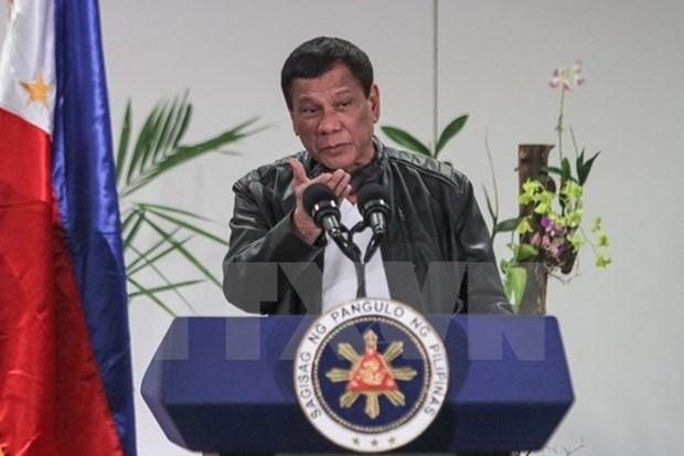 Presidente filipino ordena a ejercito aplastar a grupos terroristas hinh anh 1