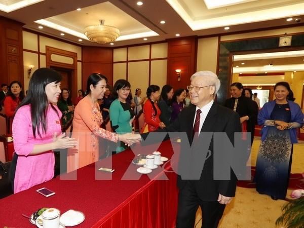 Maximo dirigente partidista reitera postura de favorecer avance de legisladoras hinh anh 1