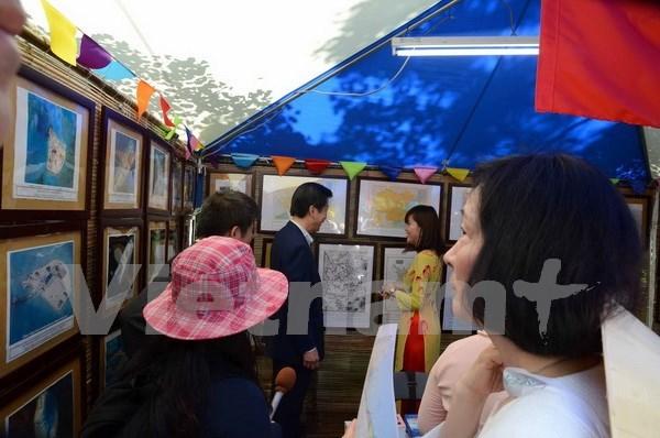 Exhiben en Japon evidencias de soberania vietnamita sobre Mar del Este hinh anh 1