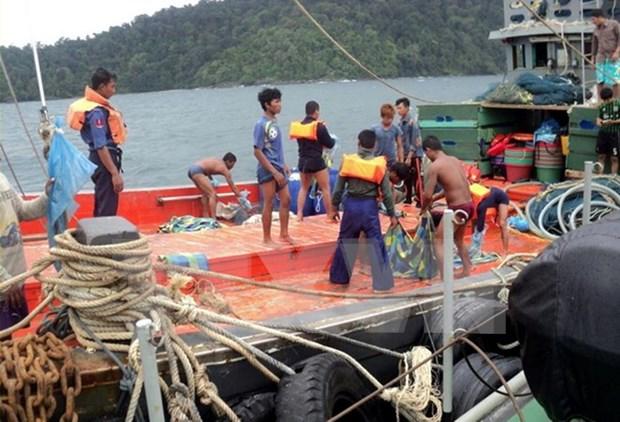 Asciende a 59 numero de cadaveres hallados tras accidente de avion militar en Myanmar hinh anh 1
