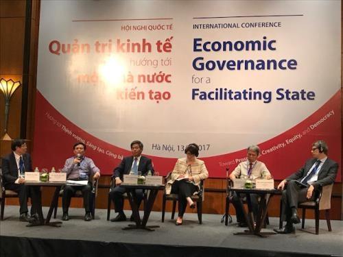 Intercambian en Vietnam experiencias internacionales sobre gobernanza economica hinh anh 1