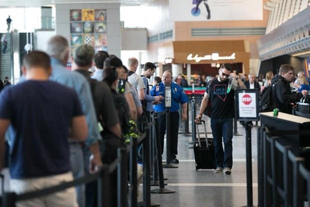 Vietnam extiende plazo para exencion de visado a turistas de cinco paises europeos hinh anh 1