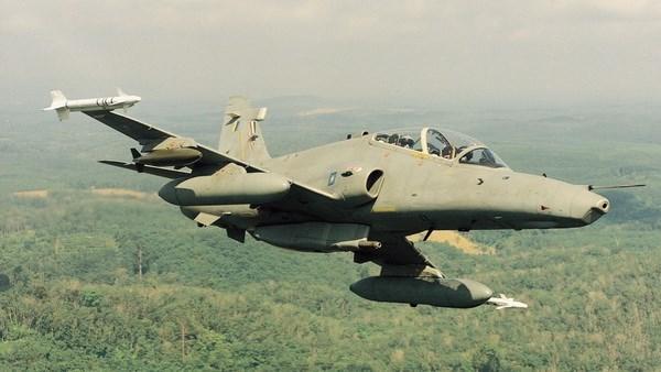Mueren pilotos en accidente de caza de combate en Malasia hinh anh 1