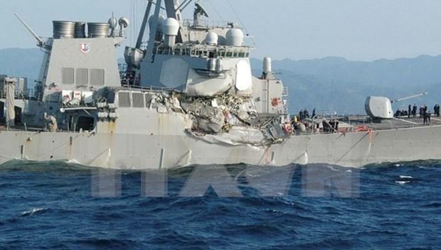 Siete marineros estadounidenses desaparecidos tras choque con un barco filipino hinh anh 1