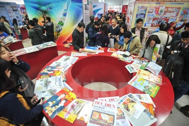 Efectuan muestra de fotos por el Dia de la Prensa Revolucionaria de Vietnam hinh anh 1