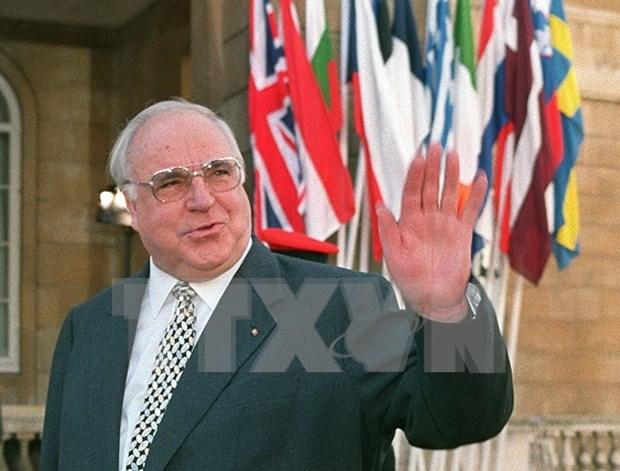Vietnam lamenta fallecimiento de excanciller aleman Helmut Kohl hinh anh 1