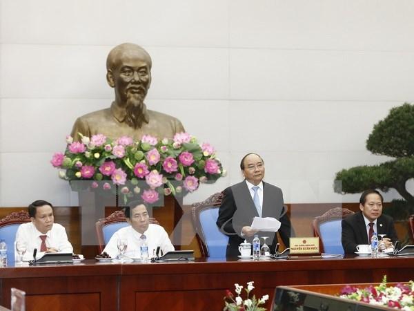Exige premier a la prensa vietnamita apoyar el mejoramiento de ambiente de inversion hinh anh 1