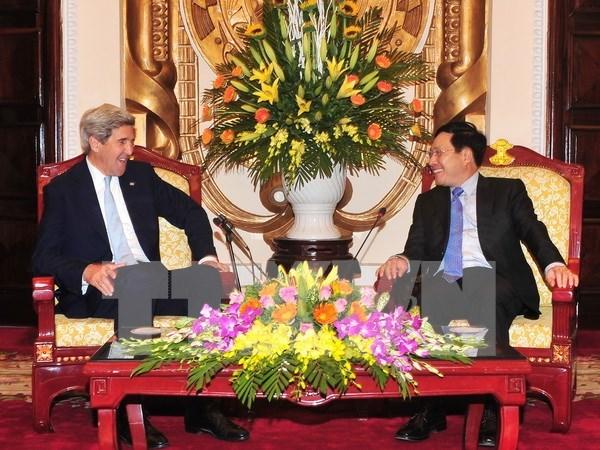 Vicepremier vietnamita expresa respaldo a Unversidad Fullbright hinh anh 1