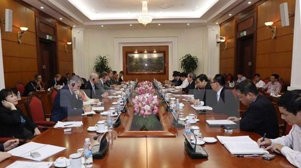 Vietnam estimula inversiones de empresas de Eurocham en sector farmaceutico hinh anh 1