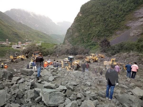 Vietnam envia pesame a China por avalancha en provincia de Sichuan hinh anh 1