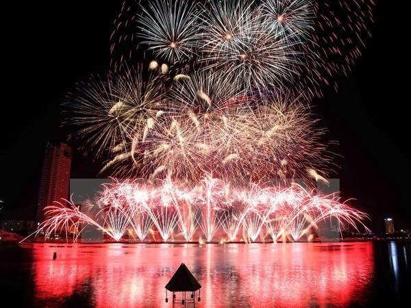 Concluye en Vietnam festival internacional de fuegos artificiales hinh anh 1