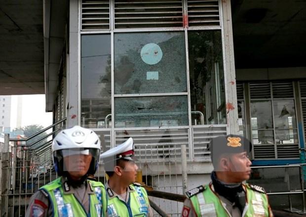 Un policia indonesio fallece tras un atentado supuestamente vinculado con EI hinh anh 1