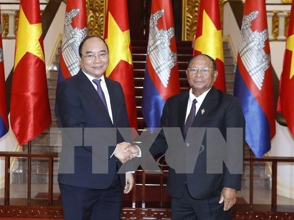 Camboya aprecia la ayuda valiosa de Vietnam en lucha por liberacion nacional hinh anh 1