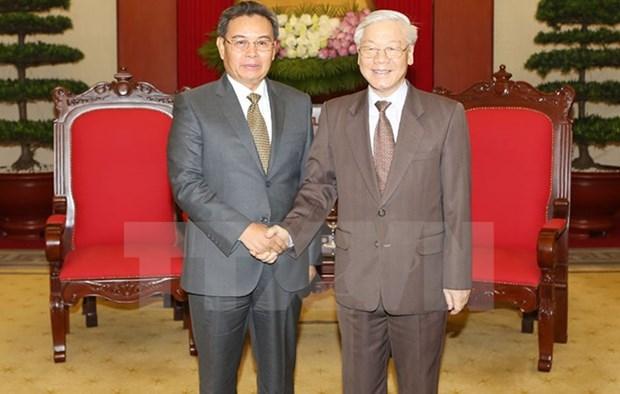 Dirigente partidista de Vietnam recibe al titular del Frente laosiano de Construccion Nacional hinh anh 1